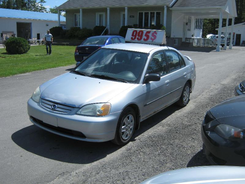 Honda Civic DX 2003 à vendre à Ste-Sophie PETIT BUDGET !!!