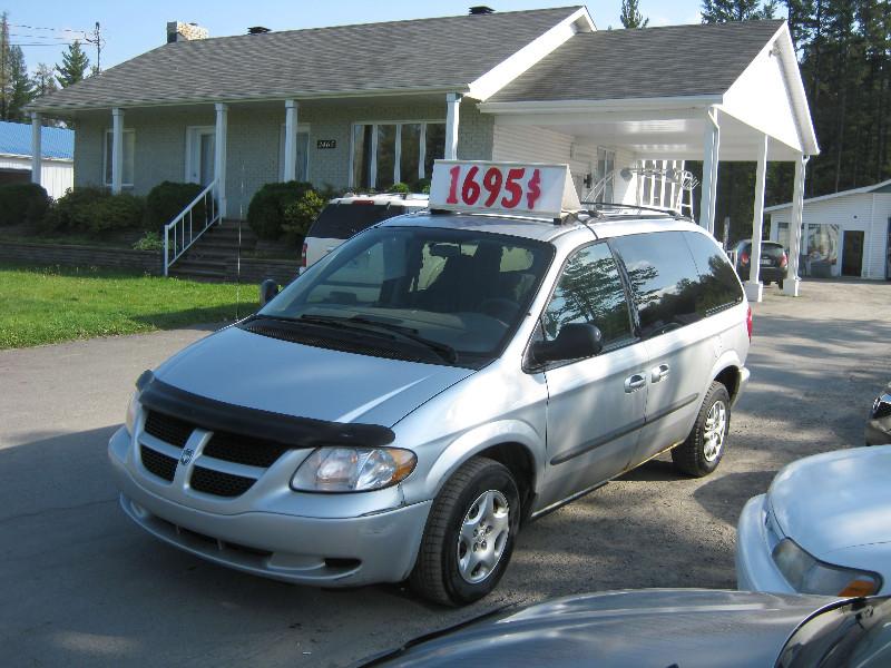 Dodge Caravan SE 2003 à vendre à Ste-Sophie PETIT BUDGET !!!
