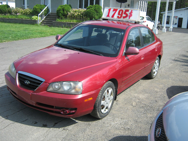 Hyundai Elantra VE 2006 à vendre à Ste-Sophie PETIT BUDGET !!!